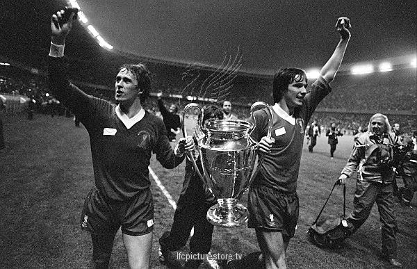PARC DES PRINCES. PARIS. 27.05.1981 European cup final - Real Madrid v LFC. Liverpool's Phil Neal and Alan Hansen celebrate with the trophy after the win in Paris