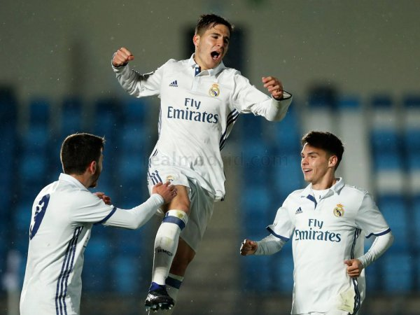 El Real Madrid Castilla vence y sigue en la carrera por los Playoffs