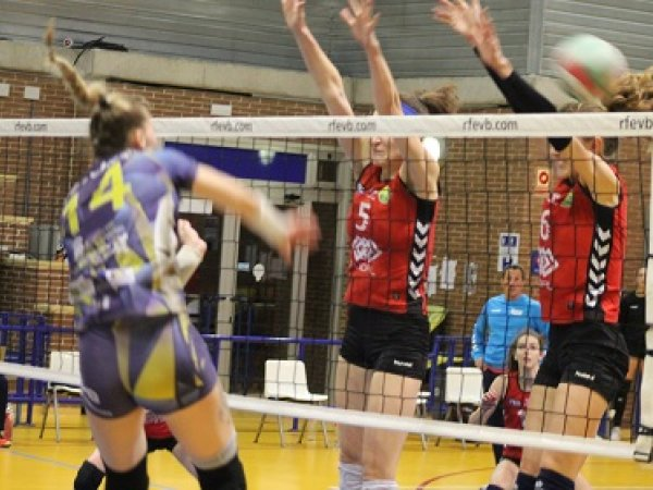 Voley: VP Madrid pierde su imbatibilidad en Liga